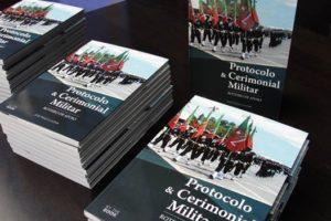 """É sempre um orgulho saber que o """"Protocolo e Cerimonial Militar"""", de José Paulo …"""