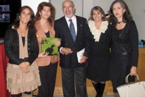 A Editora By The Book, com o autor Mestre Homem Cardoso, ontem no lançamento do …