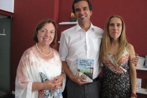 E continuamos com as noticias ! A apresentação do Livro de Aida Lameira Braga,&…