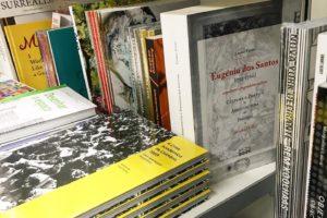 Espreitamos os livros de fotografia e arte que estão no El Corte Inglês e encont…