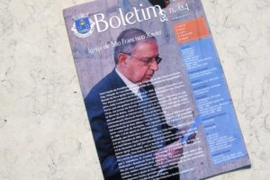 Já está nas casas de São Francisco Xavier a última edição do Boletim da Freguesi…