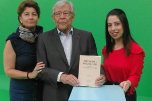 Mais uma entrevista……. Mais um sucesso…….. Ouvir o Dr.Barros Veloso fa…