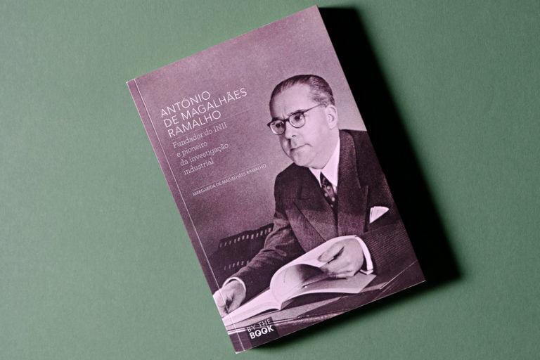 capa do livro sobre António de Magalhães Ramalho