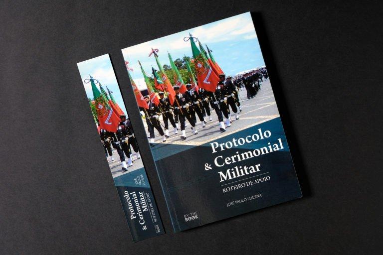 capa Protocolo e Cerimonial Militar e marcador
