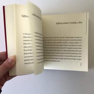 Ofereça este livro com histórias curtas, que irão fazer a sua mãe rir até às lág…